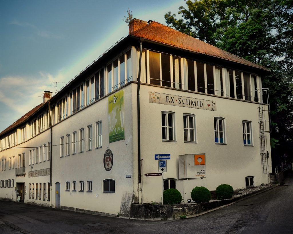 ADTV Tanzschule Wangler in der Bachstraße 17 in Prien